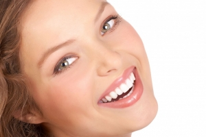 Porcelain Veneers and Hollywood Smile in Dubai