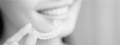 8 Essential Tips for Wearers of Invisalign Adult Braces